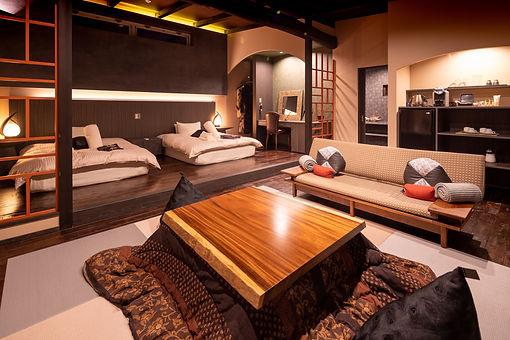 湯布院 ZAKURO ツインベッドのお部屋