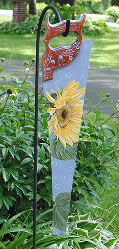 Sunflower-Saw-BlueBG