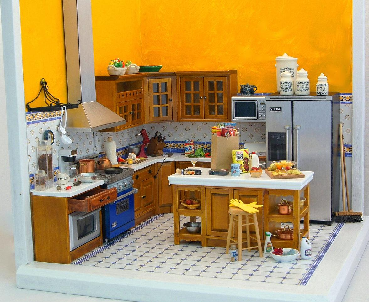 Full mimi kitchen vivid (1)_edited.jpg