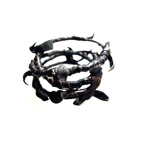leather cuff Thorns