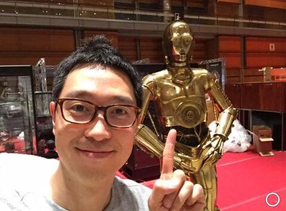 Jay Kim with C3PO