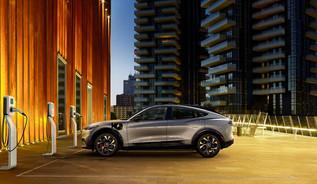 Ford simplifica a vida aos clientes do Mustang Mach-E