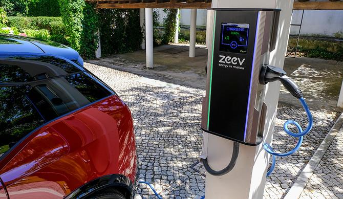 BMW promove solução para baterias em fim de vida