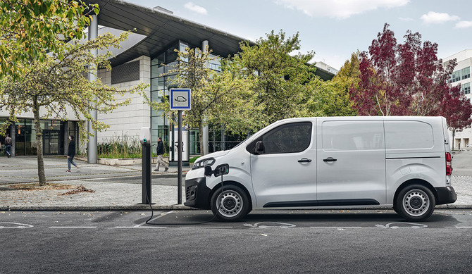 Citroën lança em Portugal o furgão elétrico ë-Jumpy