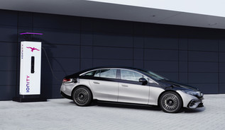 Mercedes apresenta topo-de-gama elétrico EQS