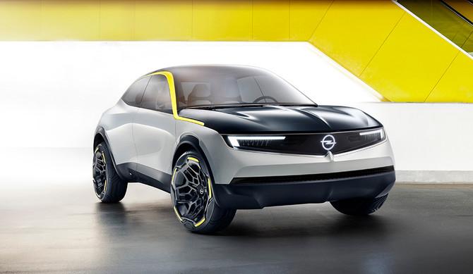 Opel confirma eletrificação da gama