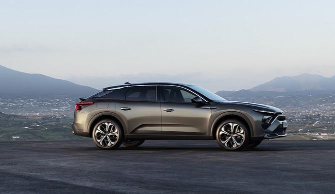 C5X: novo híbrido plug-in Citroën