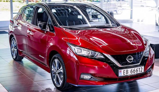 Nissan celebra a produção do 500.000º LEAF