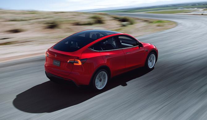 Tesla Model Y chega em agosto