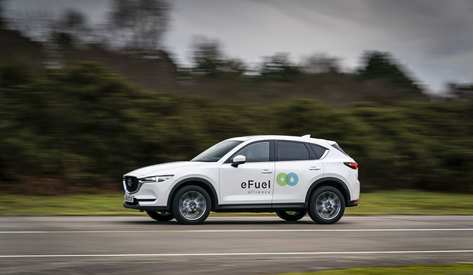 Mazda integra a eFuel Alliance