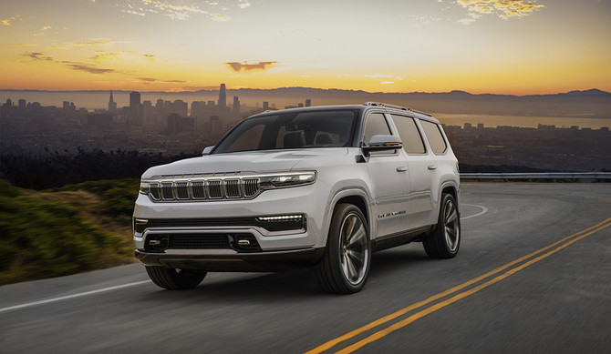 Jeep revela Grand Wagoneer híbrido plug-in