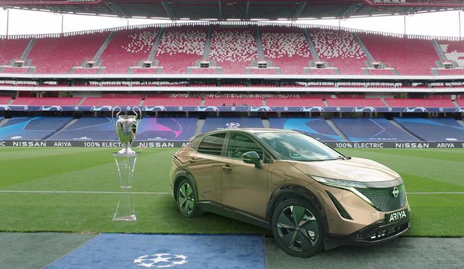 Final da Liga dos Campeões UEFA em ecrã gigante para os condutores do Nissan LEAF