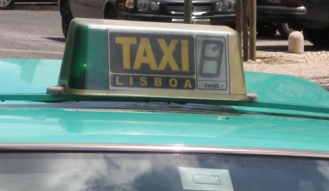 Táxis antigos já não podem circular no centro de Lisboa