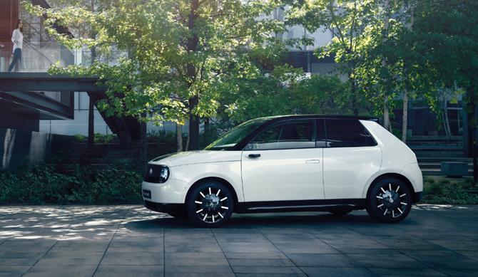 Honda-e no Encontro Nacional de Veículos Elétricos