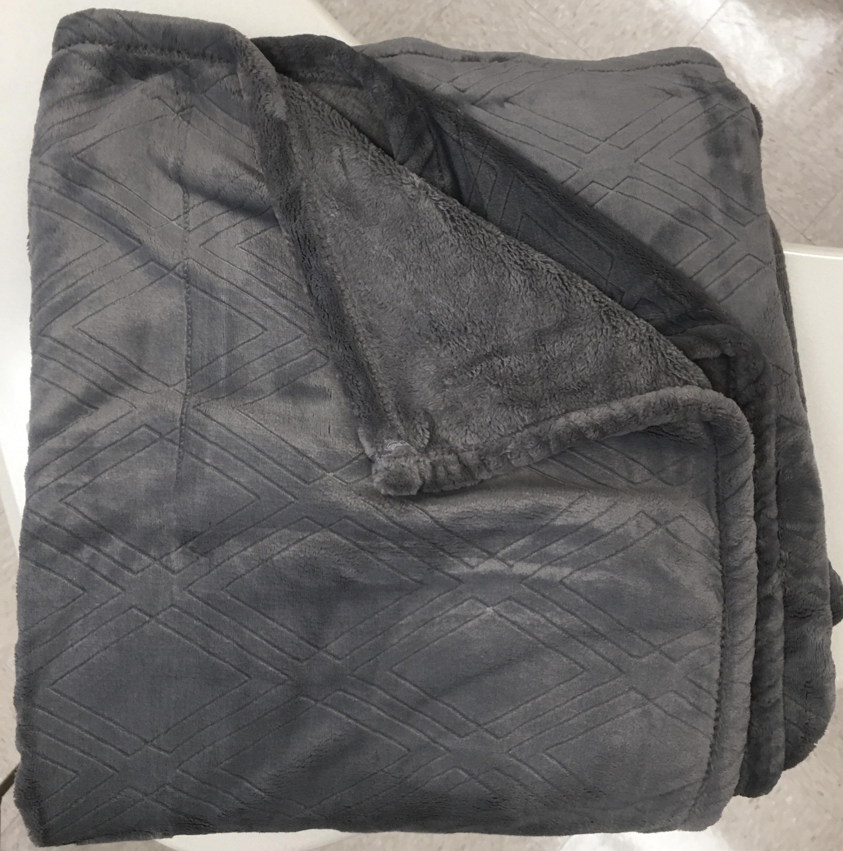 IWA Fuzzy Blanket