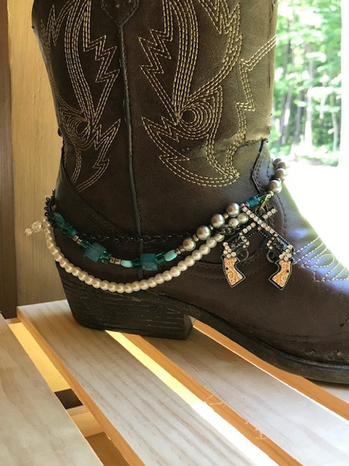 'Guns & Pearls' Boot Jewelry
