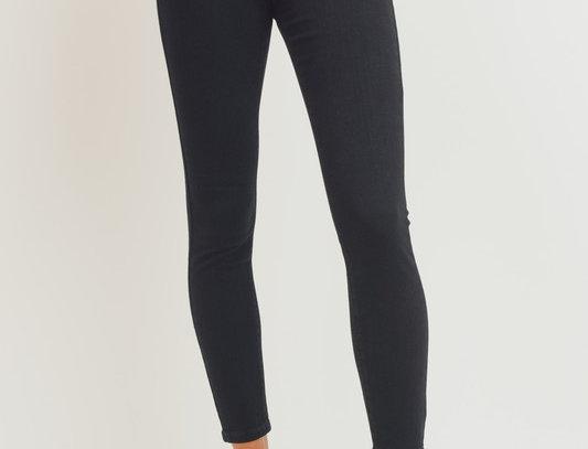 Super High Rise Black Basic Skinny Jean