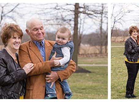 Four generation photo shoot in Springboro, Ohio