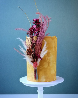 Autumn dried flower cake