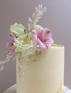 Floral Wedding Cake Sussex