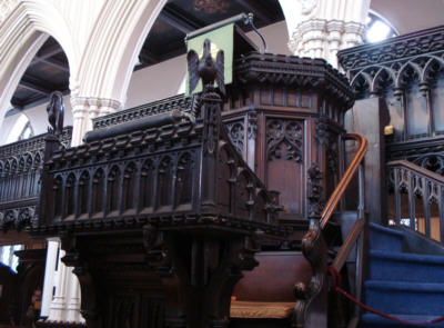 Three tier pulpit