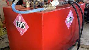 1100 LITRE FUEL TANK (RED) MODEL 1202