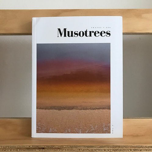 Musotrees magazine - issue 5 - Reading Room