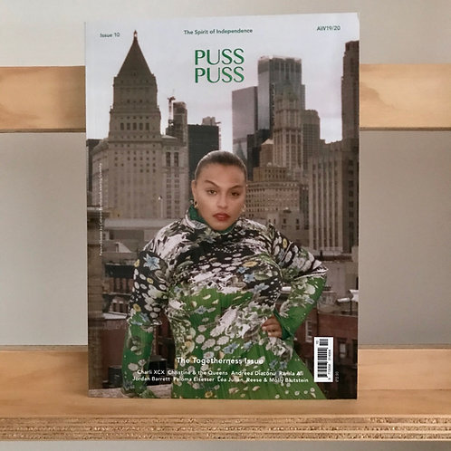 Puss Puss Magazine - Issue 10 - Reading Room