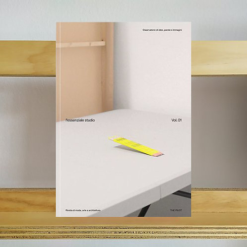 L'Essenziale Studio Magazine - Issue 1 - Reading Room
