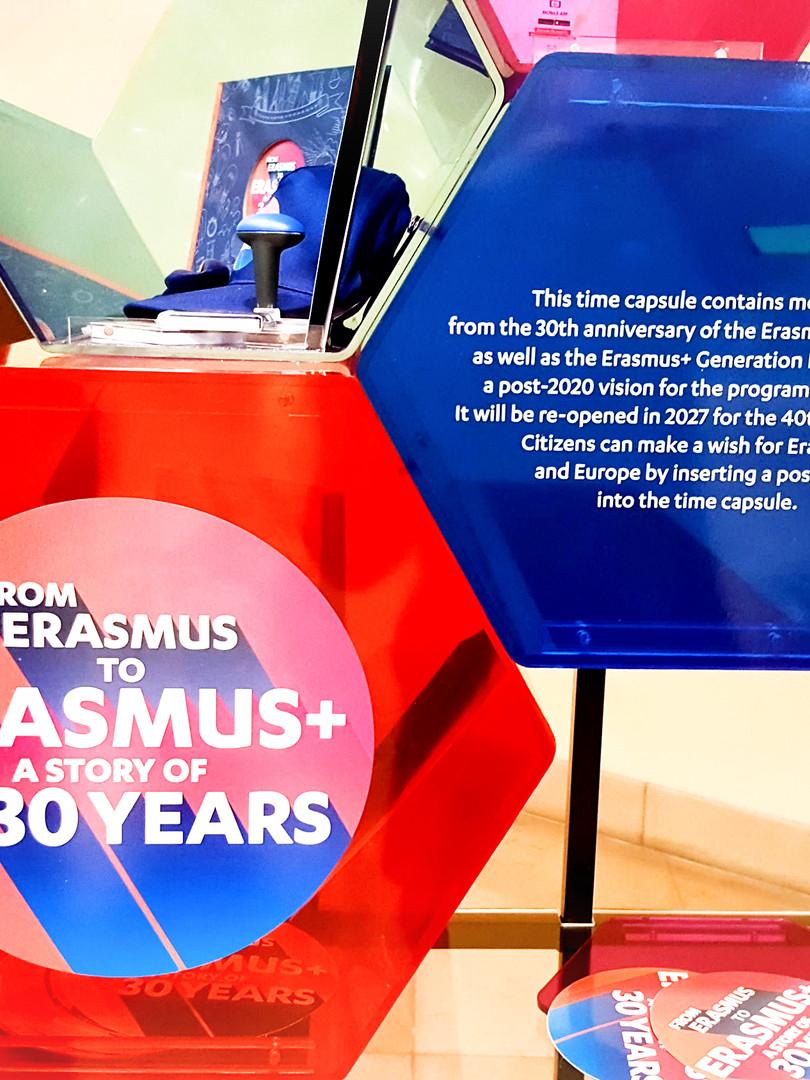 "TIMES CAPSULE  ""ERASMUS +"""