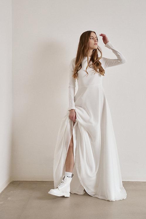 Minimalistické svatební šaty s dlouhým rukávem