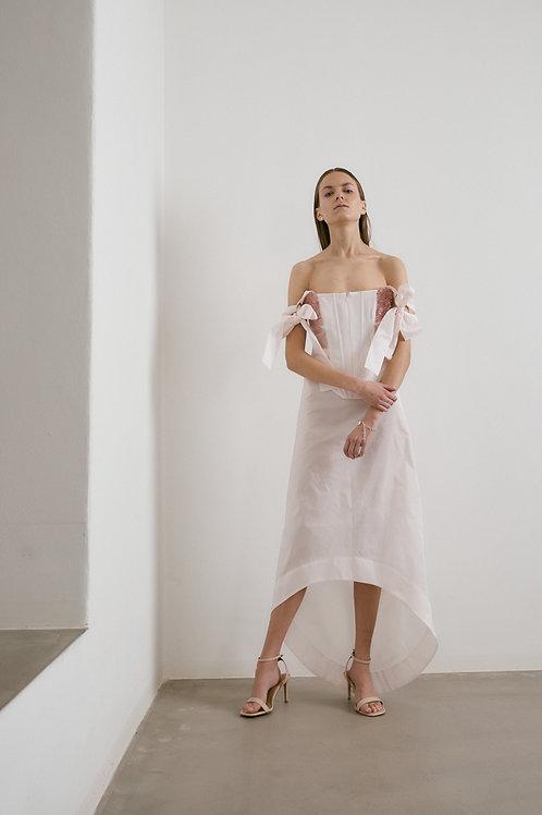 Elegantní sukně do áčka (kolekce 2021)