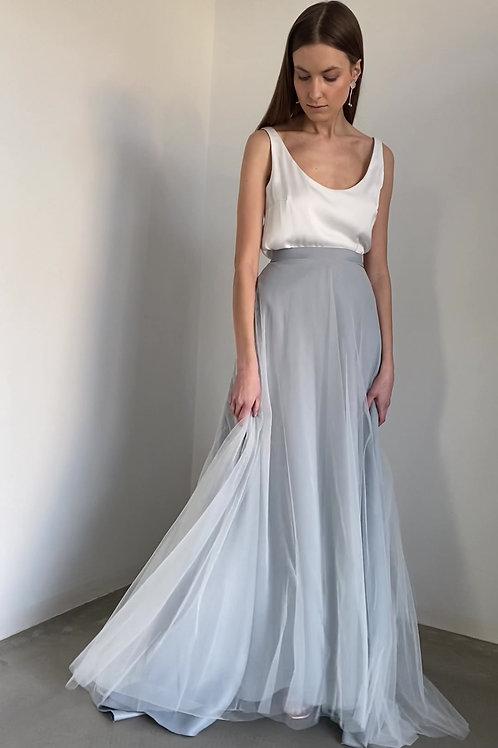 Modré svatební šaty s tílkem