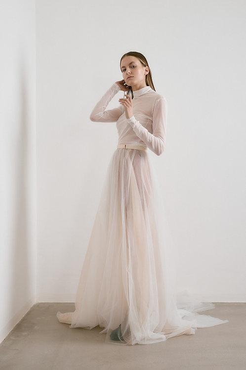 Minimalistické šaty s rolákem