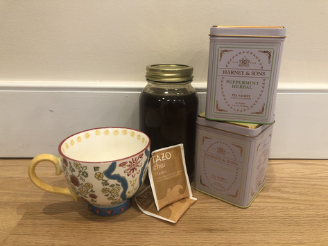 Tea and Honey: The Cold Weather Health Drink