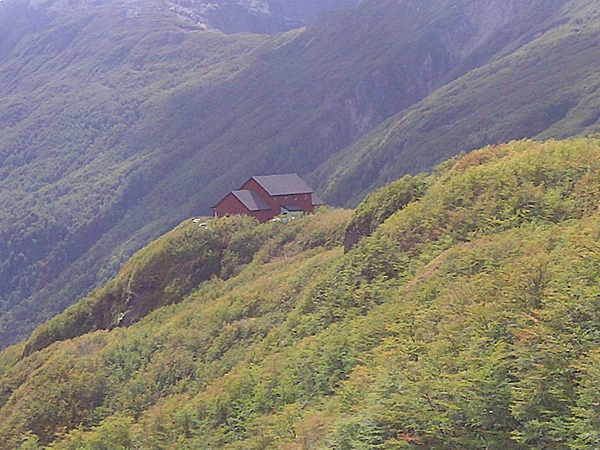 Refugio Rocca.jpeg