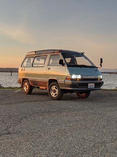 Toyota Town Ace MRV Pop-top Camper