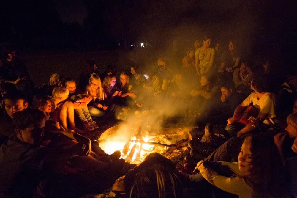 Picasa - bonfire at the camping in Turighen 1.jpg
