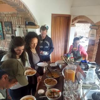 Almuerzo colectivo en NARA