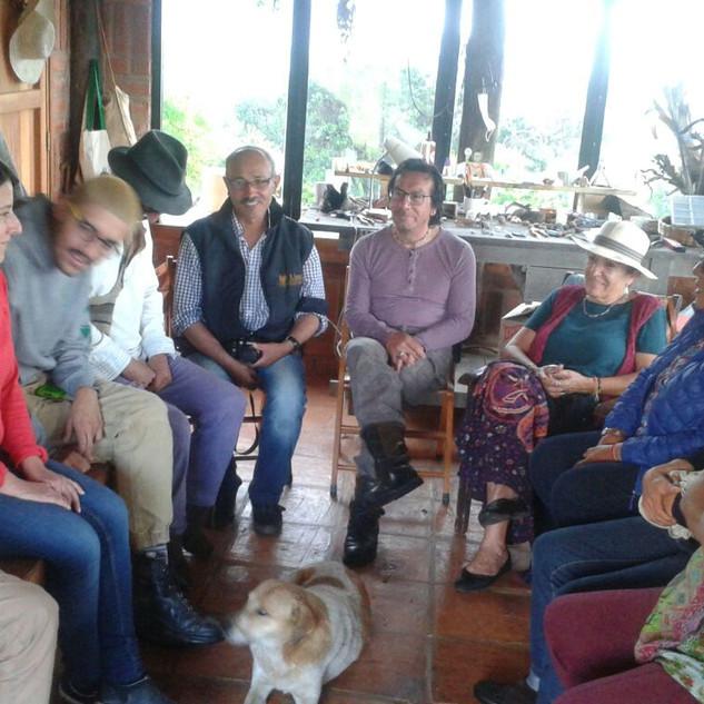 Encuentro de artistas locales y residentes