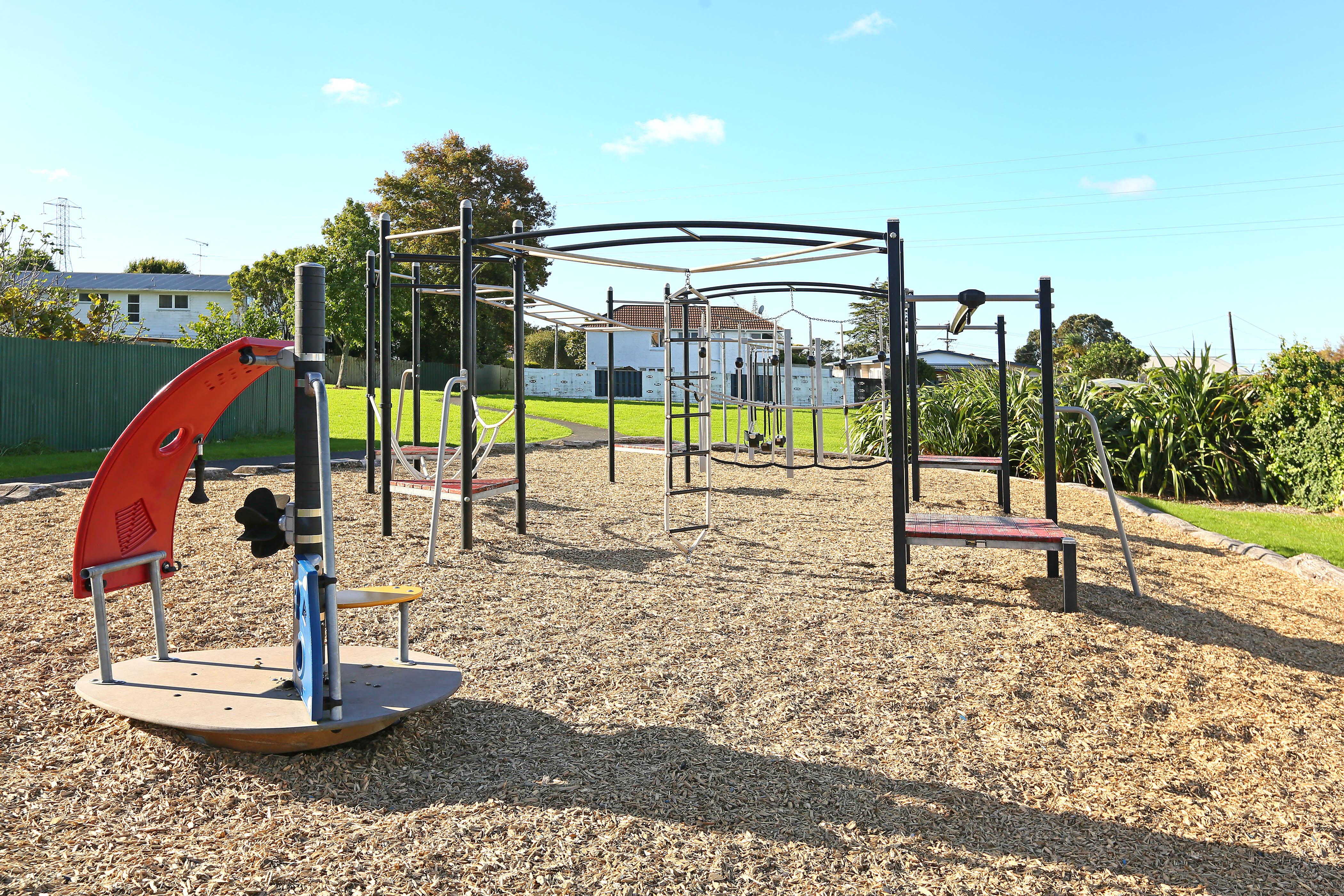 Nearby playground 21 Lyndhurst Road,