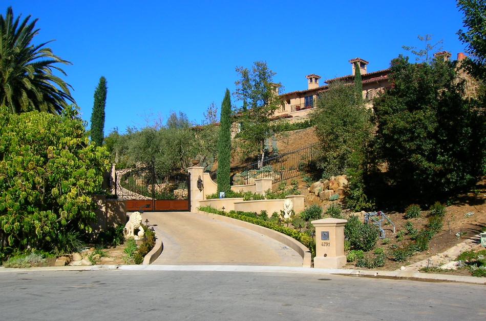 Entry Gates - Hilltop Tuscan Estate