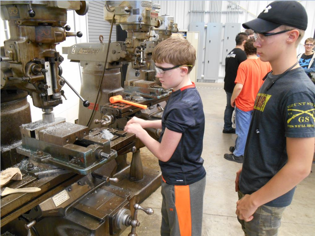 Learning to Run the Milling Machine
