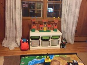 Organized playroom ploffice