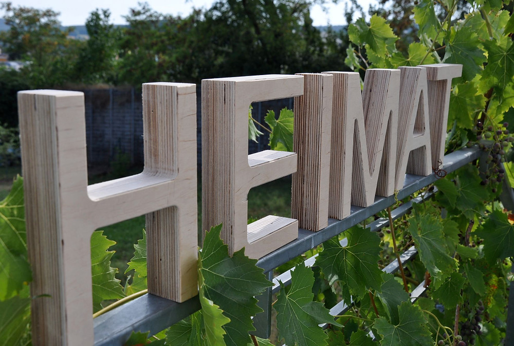 Holzbuchstaben_ Schreinerei Holz in Form