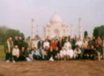 Wir vor dem Taj Mahal