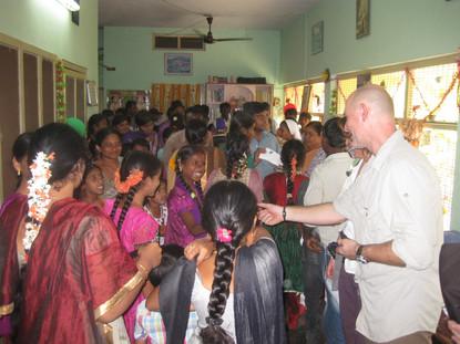 Treffen mit Patenkindern in Patibandla