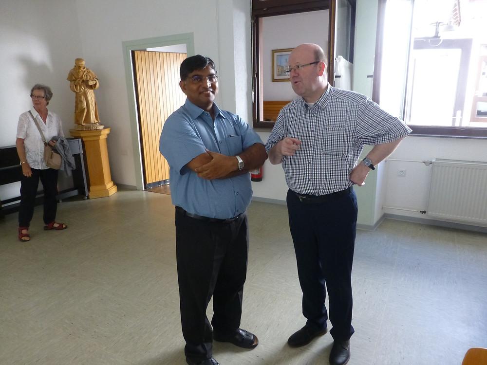 Father Allam mit Pfarrer Neumer 2016 in Weidenthal