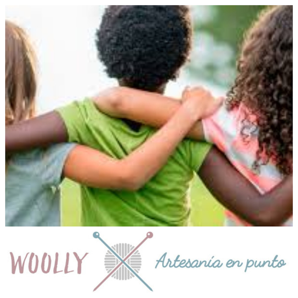 woollyhandmade; artesanía en punto para bebé; canastilla