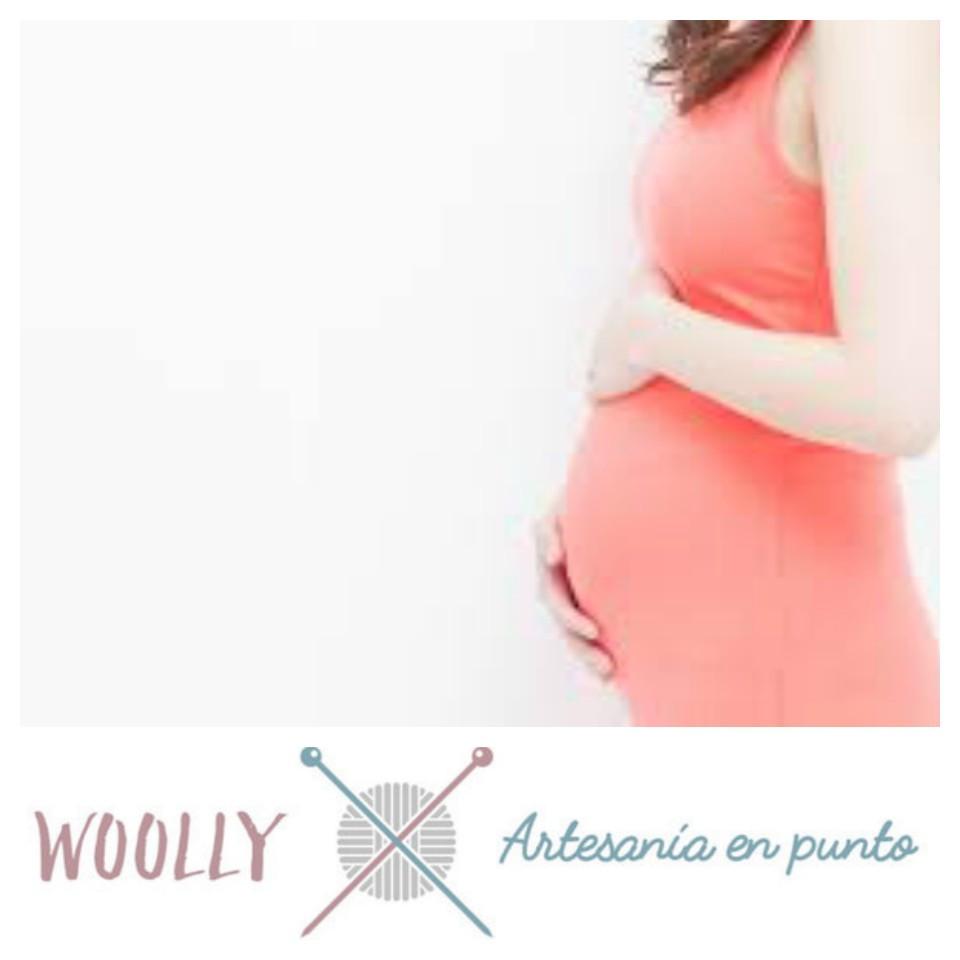 WoollyHandmade, artesanía en punto para tu bebé. Canastilla